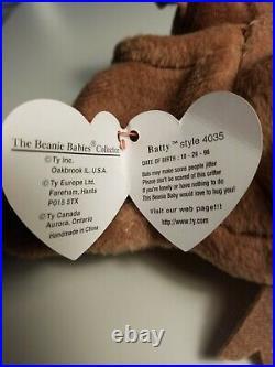 Ty Beanie Baby Batty the Bat-RARE- 1996 With Errors Vintage